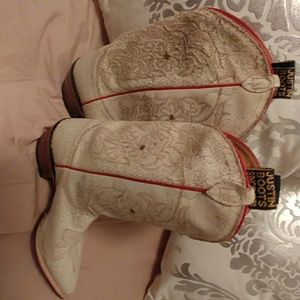 Justin boots size 8. Women's